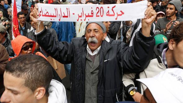 Demonstration von Aktivisten der Bewegung 20. Februar in Marokko; Foto: AP