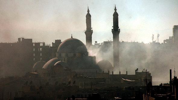 Die Khaled Bin El-Walid-Moschee in Al-Khalidiya, Homs; Foto: picture-alliance/dpa