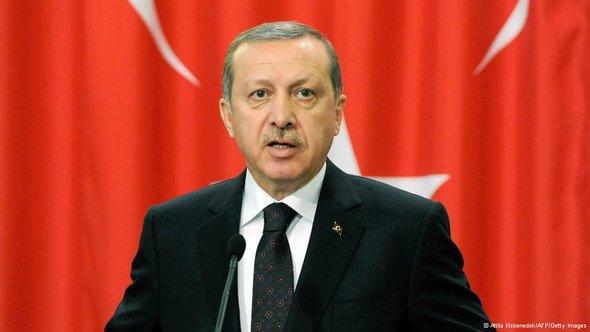 Porträt Ministerpräsident Erdoğan (Foto:ATTILA KISBENEDEK/AFP/Getty Images)
