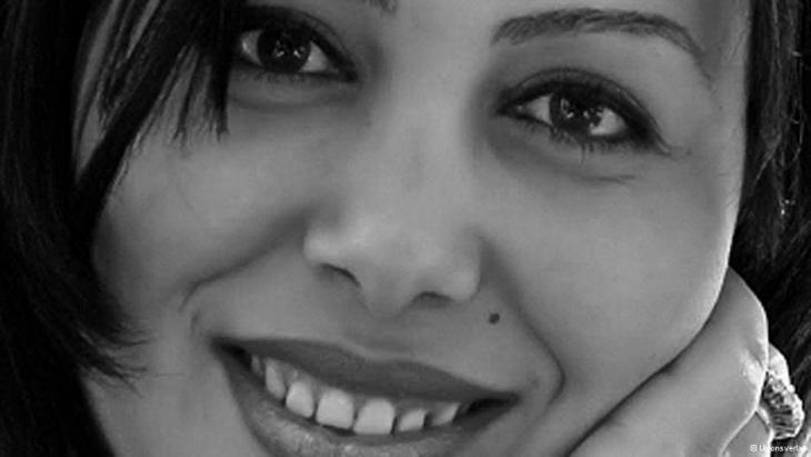 الكاتبة المصرية منصورة عز الدين