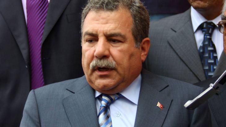 Der türksiche Innenminister Muammer Güler; Foto: imago stock&people