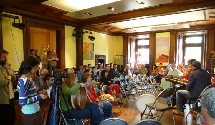 Abschlusspräsentation auf der 3. Orientalischen Musik-Sommerakademie in Badenweiler; Foto: Ulrike Askari