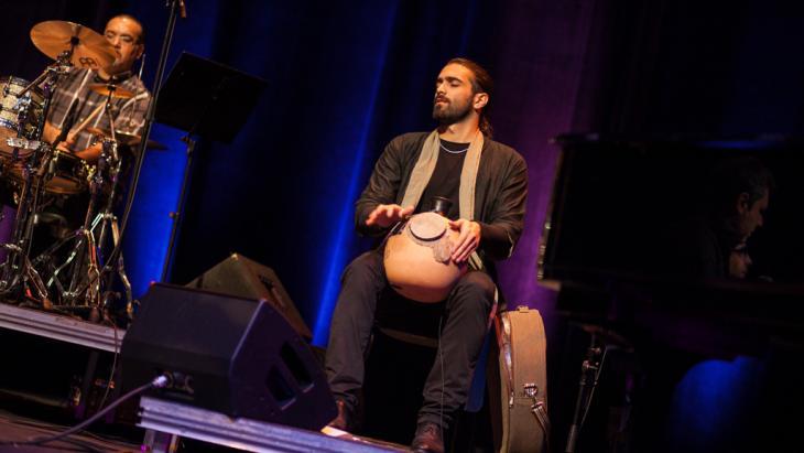 The Pedram Derakhshani Ensemble at the Festival New Sounds of Iran 2013 (photo: DW/S. Kasraeian)