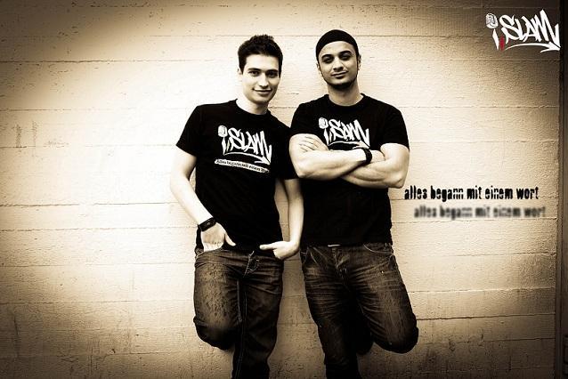 Youssef Adlah (links) and Younes Al-Amayra; Foto: i,slam