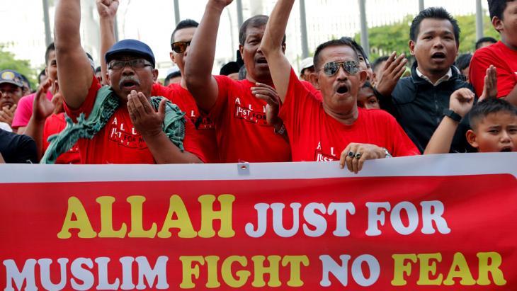 Muslimische Demonstranten in Malaysia; Foto: Reuters