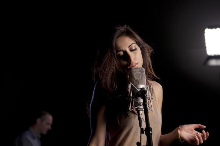 Libanesische Sängerin Yasmine Hamdan; Foto: Amélie Rouyer