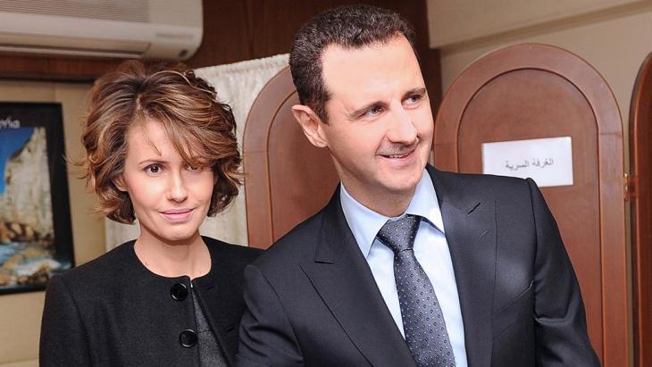 Baschar and Asma Assad im Jahr 2012; Foto: picture-alliance/dpa