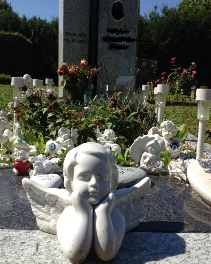 Muslimisches Grab auf einem Friedhof in Hessen; Foto: Canan Topçu