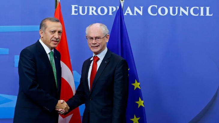 Treffen Erdogans mit EU-Ratspräsident Herman Van Rompuy (r.) in Brüssel; Foto: Reuters