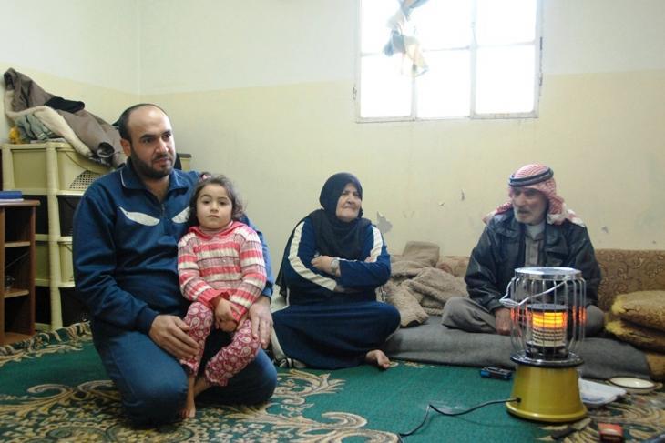 Hanan und ihre Familie in Manshia; Foto: Laura Overmeyer