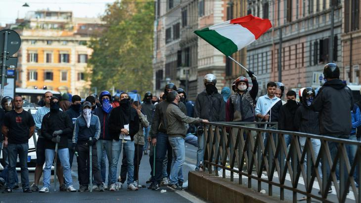 Members of the CasaPound (photo: Alberto Pizzoli/AFP/Getty Images)