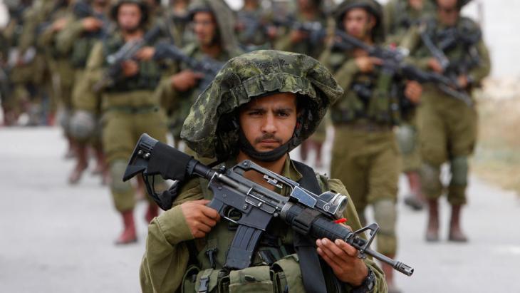Israelische Armee-Einheiten im Westjordanland; Foto: Reuters/Mussa Qawasma