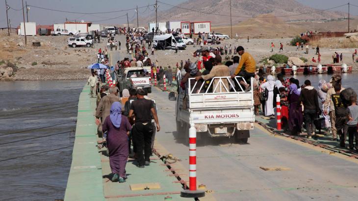 Jesiden auf der Flucht von IS aus dem Irak; Foto: Reuters
