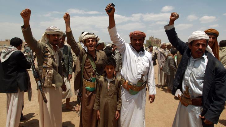 Jemenitische Sympathisanten der schiitischen Huthi-Bewegung am 4. September 2014 in Sanaa; Foto: AFP/Getty Images/M. Huwais