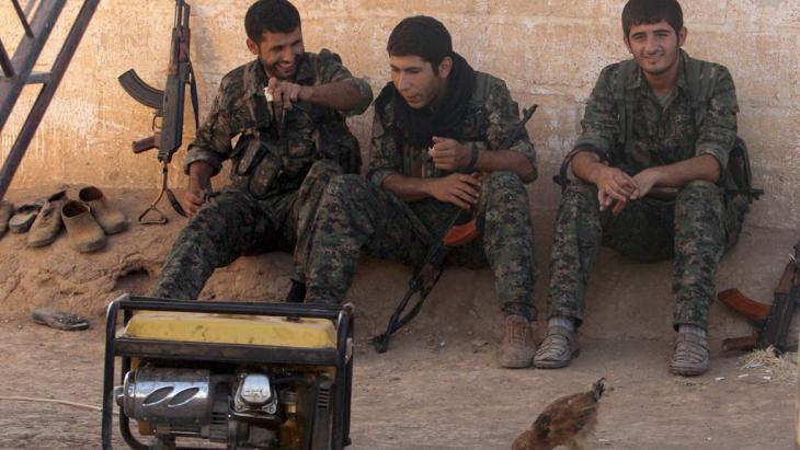 YPG-Kämpfer im syrischen Qamishli; Foto: Reuters/R. Said