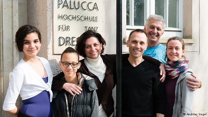 Von links: Yosra, Sheima, Malek Sebaï, Prof. Canciani, Prof. Coehlo und S. de Cussac; Foto: Andreas Siegel