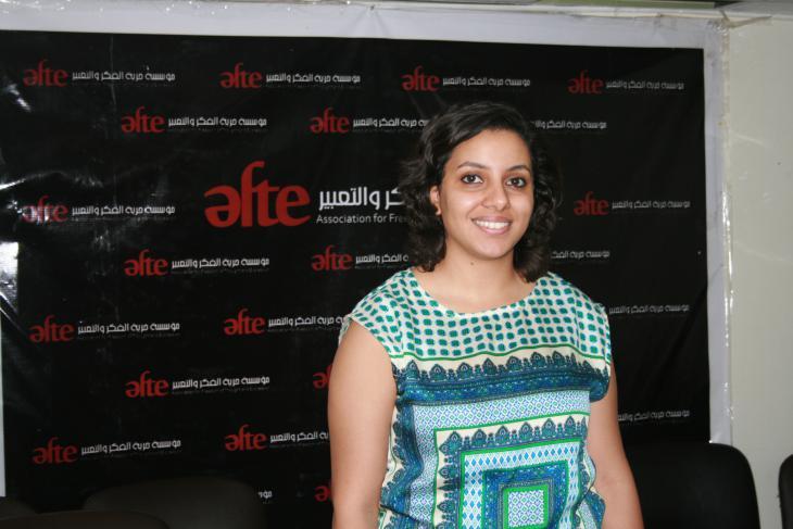 """Die Anwältin Fatma Serag von der Organisation """"Atef""""; Foto: Markus Symank"""