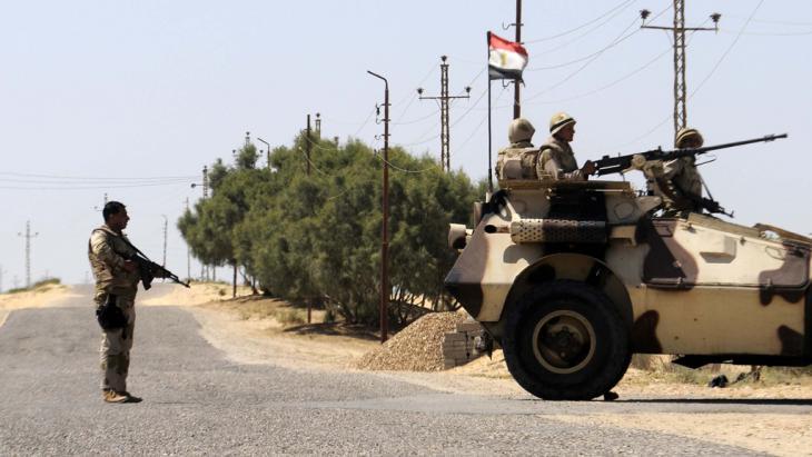 Einheiten der ägyptischen Armee auf dem Sinai; Foto: STR/AFP/Getty Images