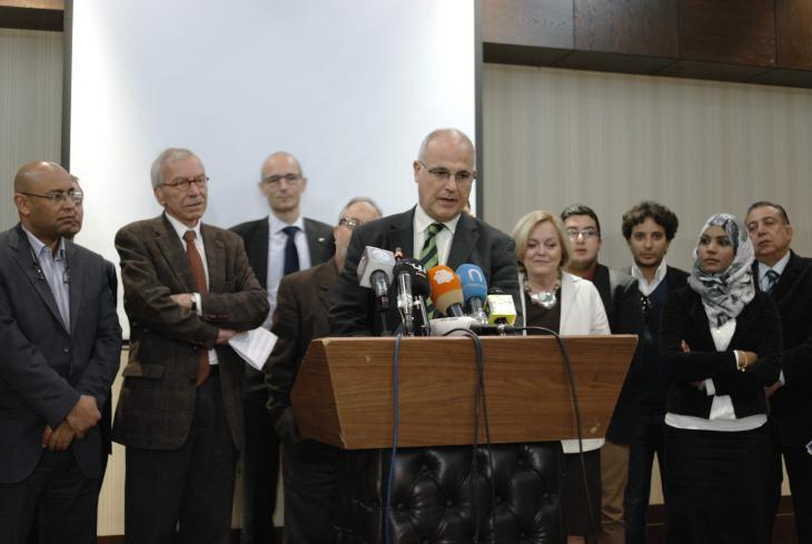 Treffen libyscher Medienvertreter mit Diplomaten der EU-Staaten und der UN-Mission im Februar 2014 (am Rednerpult der britische Botschafter in Libyen, Michael Aron); Foto: Valerie Stocker