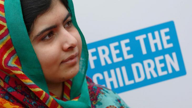 "Malala Yousafzai und vor ""We Day UK""-Kinderrechtskampagne in London am 7. März 2014; Foto: Reuters/L. MacGregor"
