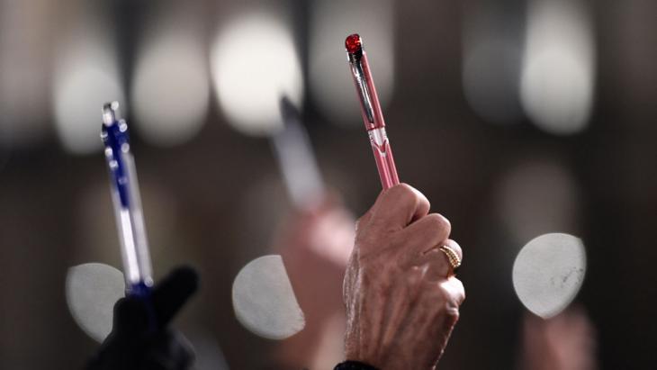 Trauer nach Anschlag auf Charlie Hebdo in Paris; Foto: AFP/Getty Images/D. Meyer