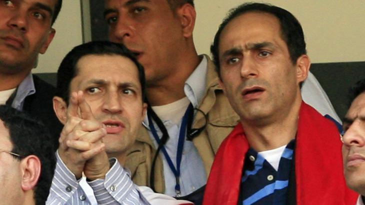Alaa (l.) und Gamal Mubarak; Foto: AFP/Getty Images/K. Desouki
