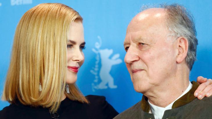 Nicole Kidman und Regisseur Werner Herzog auf der Berlinale; Foto: Reuters/H. Hanschke