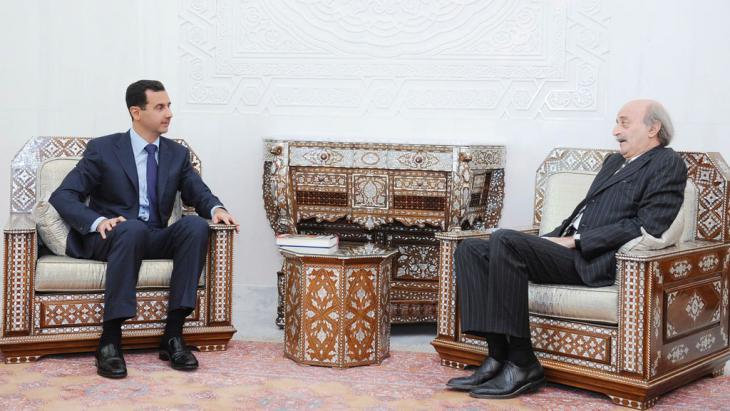 Drusenführer Walid Dschumblat zu Besuch bei Syriens Präsident Baschar al-Assad in Damaskus; Foto: dpa/picture-alliance
