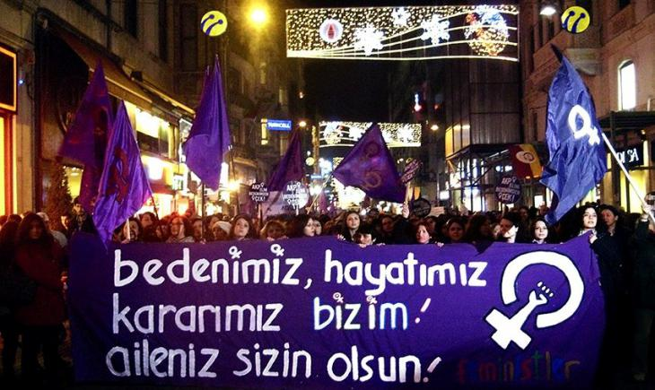 Proteste in Istanbul gegen Männergewalt; Foto: Ceyda Nurtsch