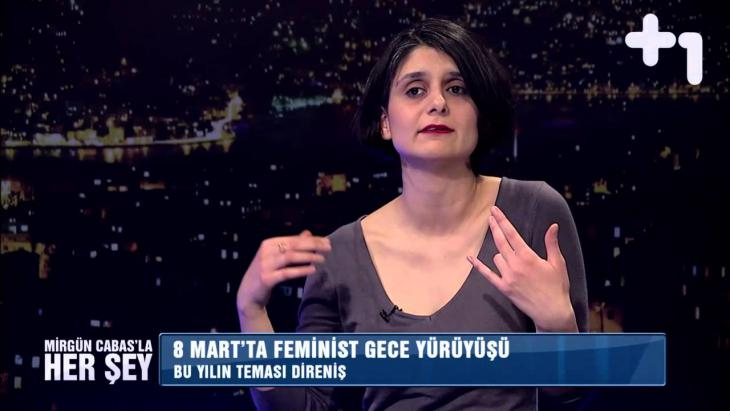 Die türksiche Frauenrechtlerin Selime Büyükgöze von der Organisation Mor Çatı in einem TV-Interview; Quelle: youtube