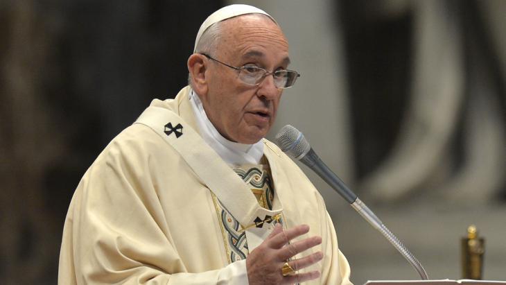 Papst hält Messe zum 100. Jahrestag des Massenmords an Armeniern; Foto: Solaro/AFP/Getty Images