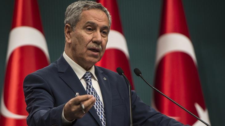 Vize-Ministerpräsident und AKP-Mitbegründer Bülent Arinc auf einer Pressekonferenz in Ankara am 9. März 2015; Foto: picture alliance/AA/Ozge Elif Kizil