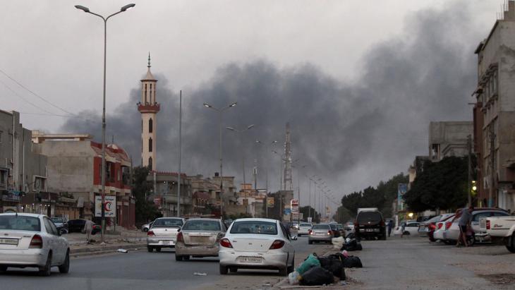 Ägyptische Luftangriffe auf libysche Islamisten; Foto: Abdullah Douma/AFP/Getty Images