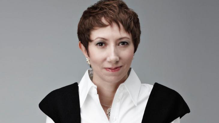 """Die ägyptische Journalistin Shereen El Feki, Autorin des Buchs """"Sex und die Zitadelle""""; Foto: Kristof Arasim"""