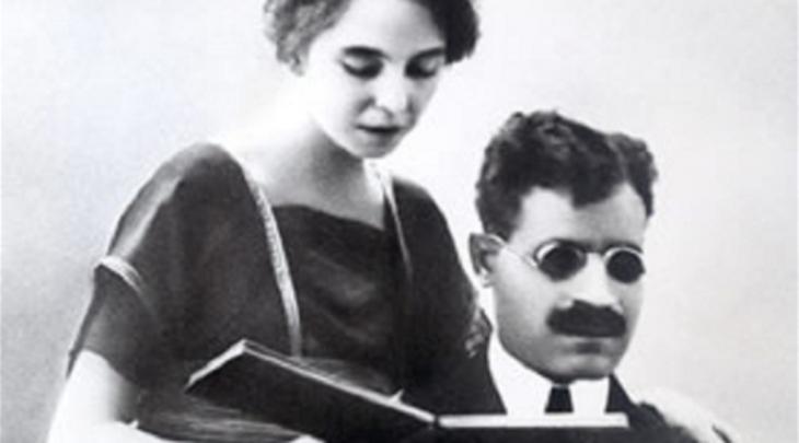 Taha Husain mit seiner Frau, Suzanne Bresseau. Foto: gemeinfrei