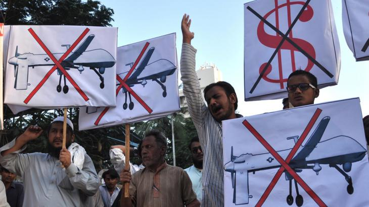 Proteste gegen den Einsatz von Drohen in Pakistan; Foto: picture-alliance/dpa