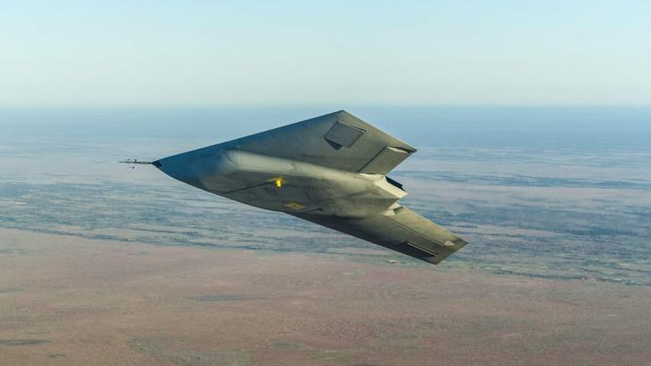 Unbemanntes Kampfflugzeug; Foto: picture-alliance/ dpa