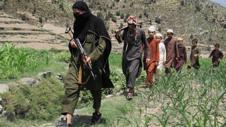 Operation von IS-Milizen in Afghanistan; Foto: picture-alliance/dpa/G. Habibi