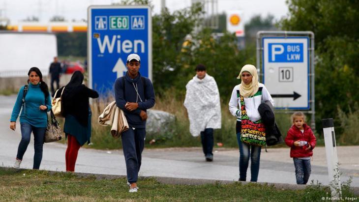 Flüchtlinge an der östereichisch-ungarischen Grenze; Foto: Reuters
