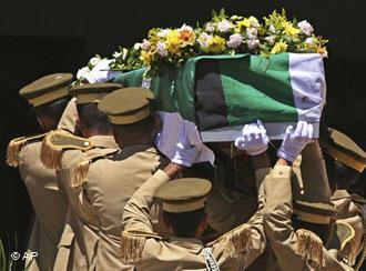 Beisetzung Mahmud Darwischs in Ramallah; Foto: AP