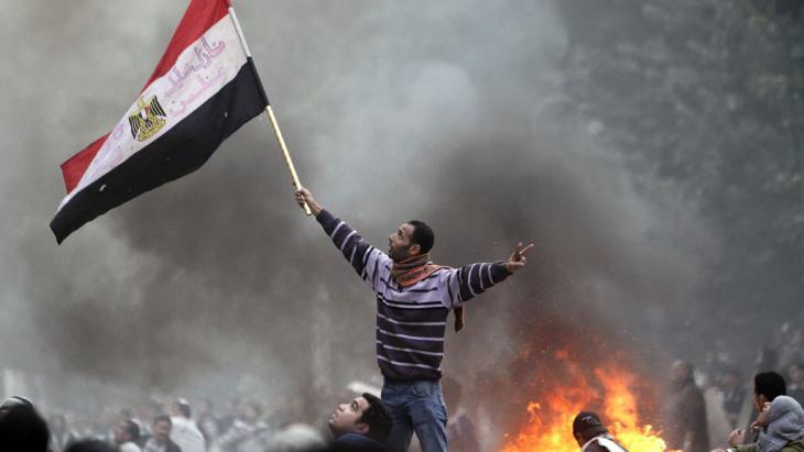 Arabischer Frühling am Nil: Demonstranten auf dem Tahrir-Platz in Kairo am 16. Dezember 2011; Foto: AFP/Getty Images/M. Abed