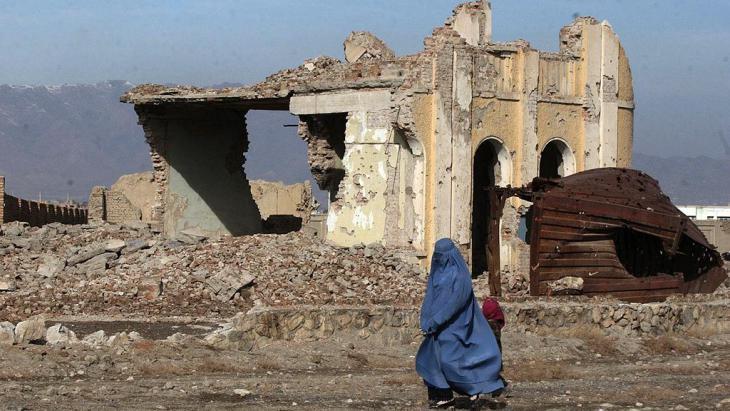 Ein im Bürgerkrieg zerstörtes Haus in Kabul; Foto: AP