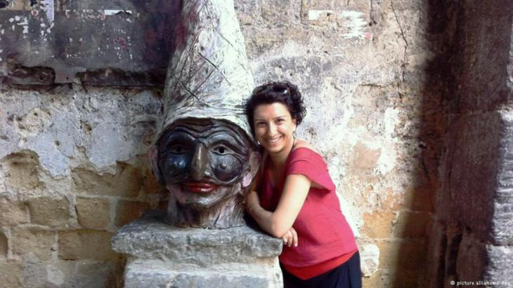 Die Theaterkritikerin Bahar Çuhadar; Foto: dpa