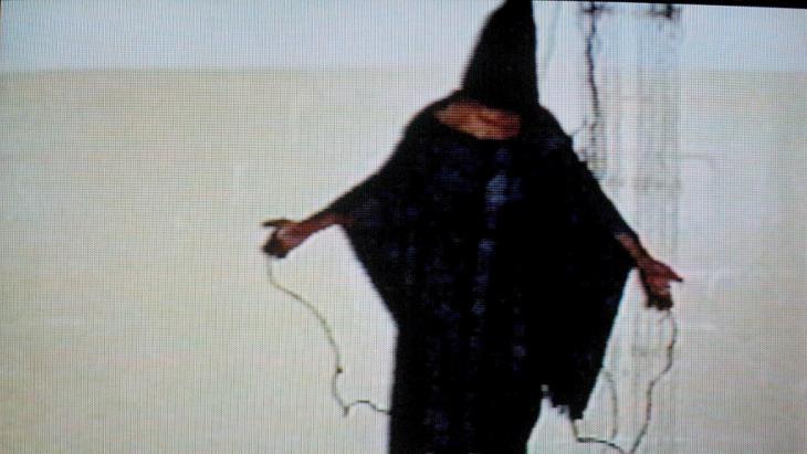 Iraqi prisoner in the American-run Abu Ghraib prison, Iraq (photo: picture-alliance/dpa)