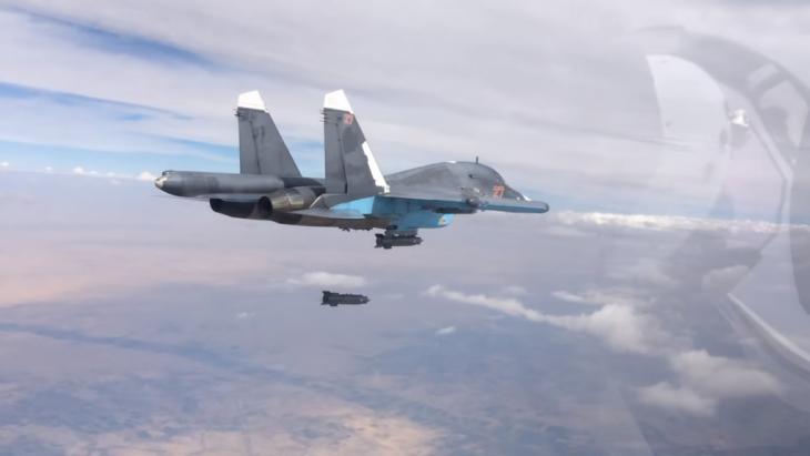 Russischer SU-37-Kampfjet während eines Einsatzes in Syrien; Foto: Mil.ru; Creative Commons Licence 4.0