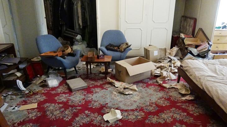 Verwüstungen nach Einbruch in Forouhars Wohnung in Teheran; Foto: privat