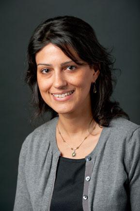 Melinda Negrón-Gonzales; Foto: University of New Hampshire