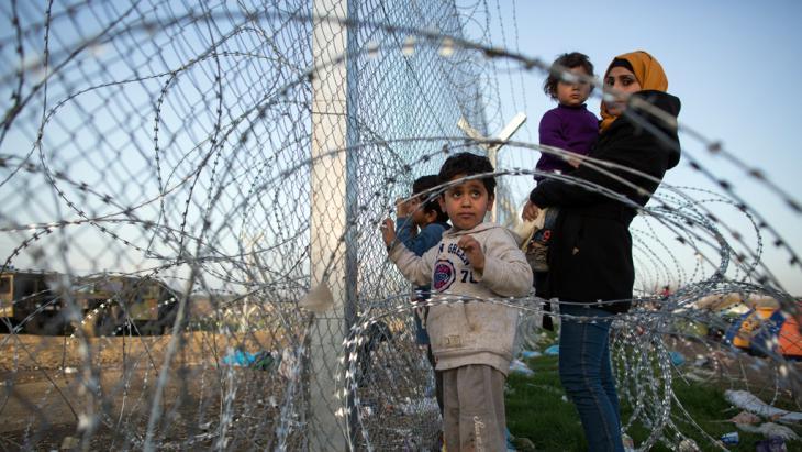 Flüchtlinge bei Idomeni; Foto: Getty Images/D. Kitwood