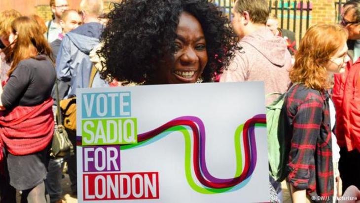 Anhänger Sadiq Khans in London während der Bürgermeisterwahlen 2016; Foto: DW