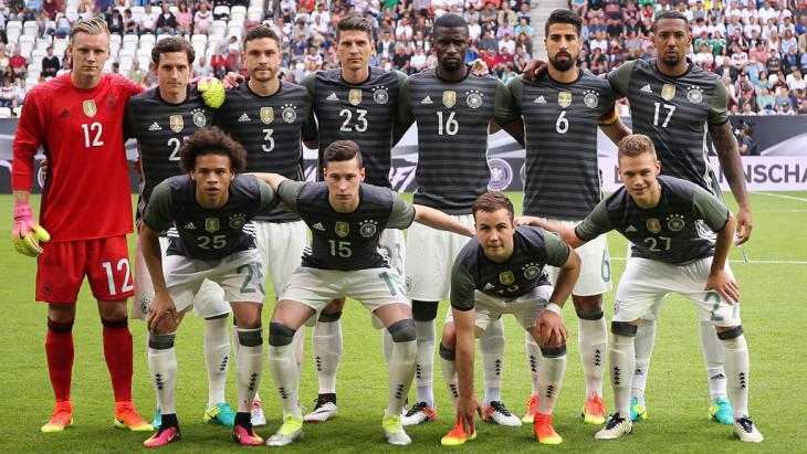 Mannschaftsfoto DFB Nationalelf; Foto: Imago/Pressefoto Baumann